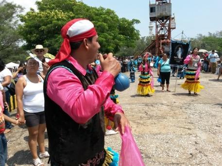La Virgen del CArmen fue recibida por danzantes del norte de Veracruz y sur de Tamaulipas