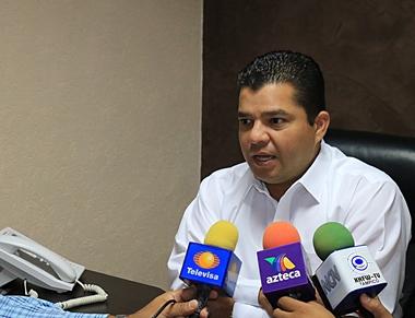 2707- Hugo Medellín Srio de Comunicación Social Madero