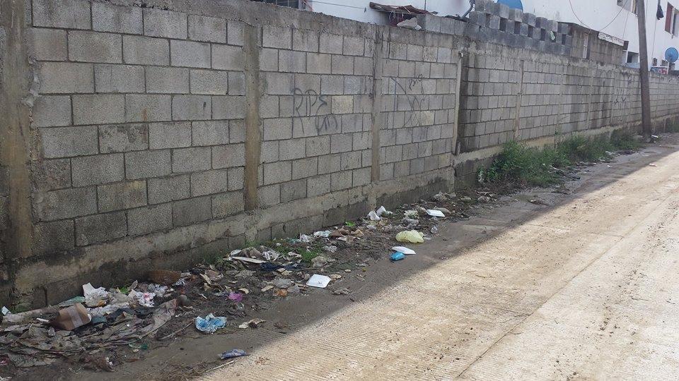 0108- Basura en la calle Mano con Mano Altamira