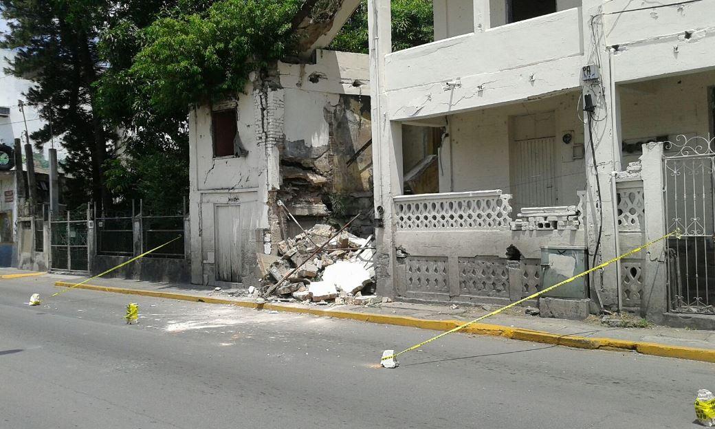 0509- Edificio en ruinas de Tampico