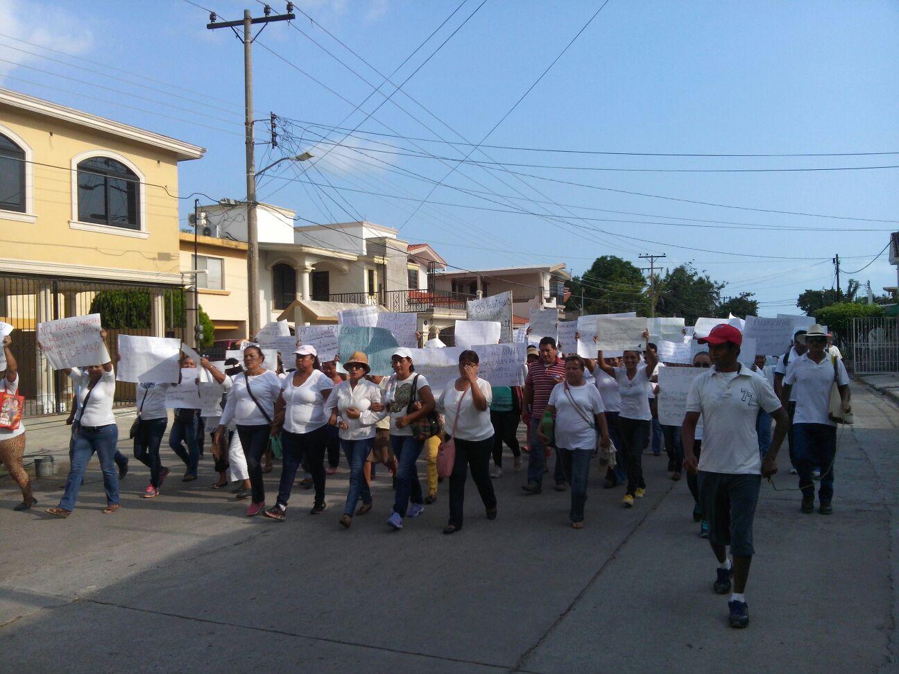 0510-Protesta de colonos en Cd Madero 1