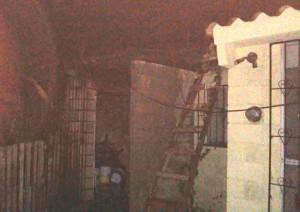 0311-incendio de una casa en altamira  (3)
