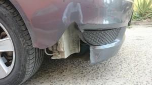 2812- Daño a carro en Madero