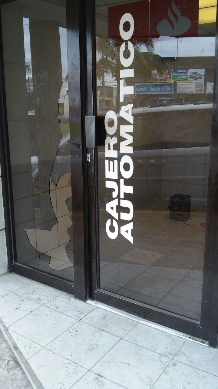 Cajero autom tico santander es violentado zona norte for Cajeros banco santander para ingresar dinero