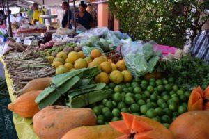 En general frutas y verduras incrementaron su precio