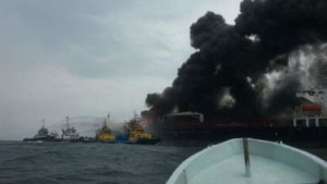 incendio-buque-burgos-4