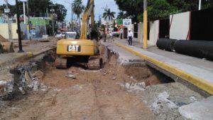 trabajos-en-el-hundimiento-de-la-calle-diez-ciudad-madero-2