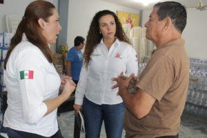 angelica-de-la-garza-entrega-apoyos-a-familias-afectadas-en-ciudad-madero-1