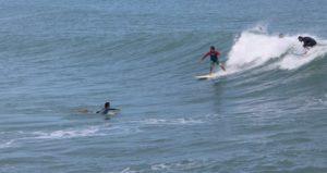 surfistas-en-playa-mirmar-ciudad-madero-3