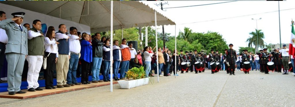 desfile-revolucion-en-altamira-1