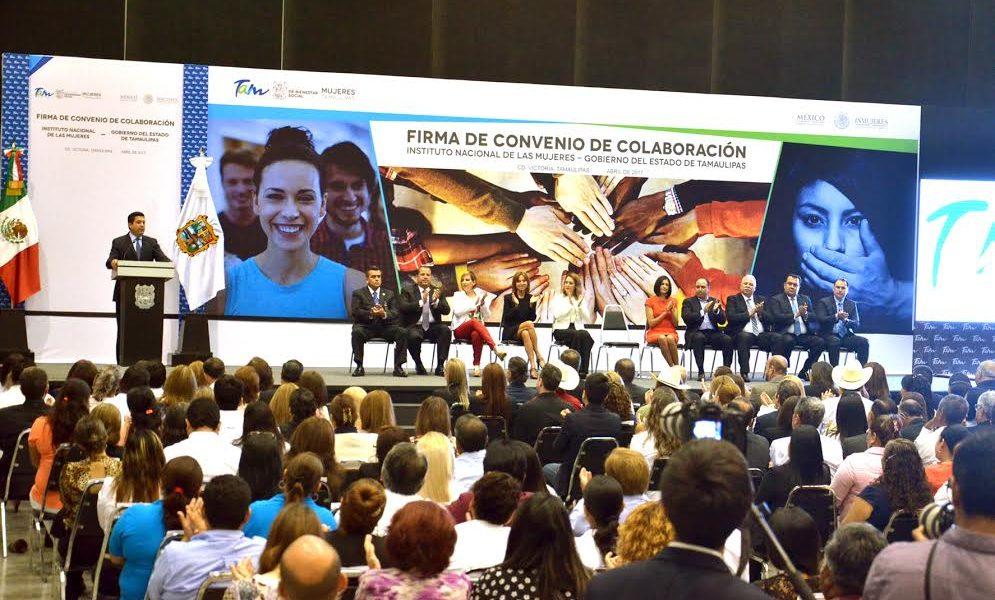 Presente alma laura ampar n en firma de convenio entre el for Fuera de convenio 2017