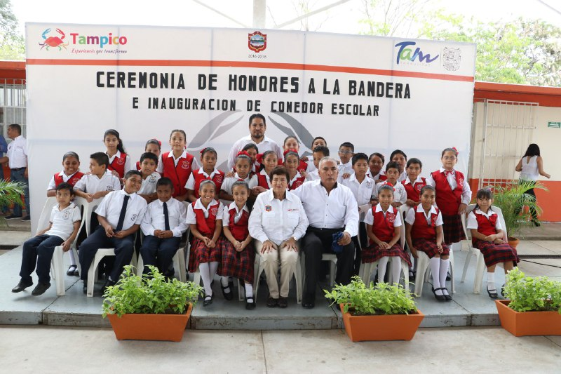 Entrega ayuntamiento porte o construcci n de un comedor for Proyecto de construccion de comedor escolar