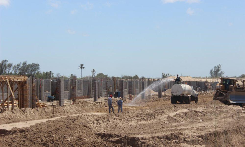 Adeuda sedatu 10 millones a empresas constructoras for Empresas constructoras de casas